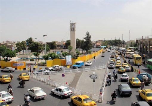 میدان مطهری قم فرونشست/ آسیب جدی به چند باب مغازه/ حادثه ارتباطی به حفاری مترو ندارد