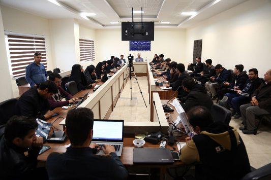 نشست خبری مدیرعامل شرکت آب و فاضلاب استان قم به مناسبت سالروز تصویب قانون تشکیل شرکتهای آب و فاضلاب کشور