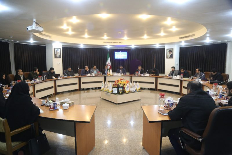 نشست خبری سی و هفتمین جشنواره فیلم فجر در قم