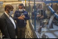 بازدید عضو مجمع تشخیص مصلحت نظام از واحدهای صنعتی قم به روایت تصویر