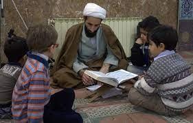 همیاری مساجد و مدارس عامل تحول در حوزه های اجتماعی است